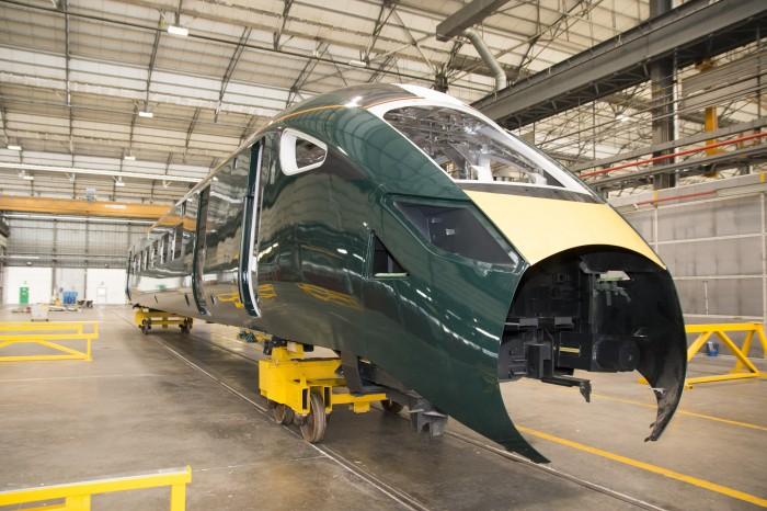 """Hitachi Rail Italy: in produzione a Pistoia il """"treno proiettile"""" che viaggerà in UK"""