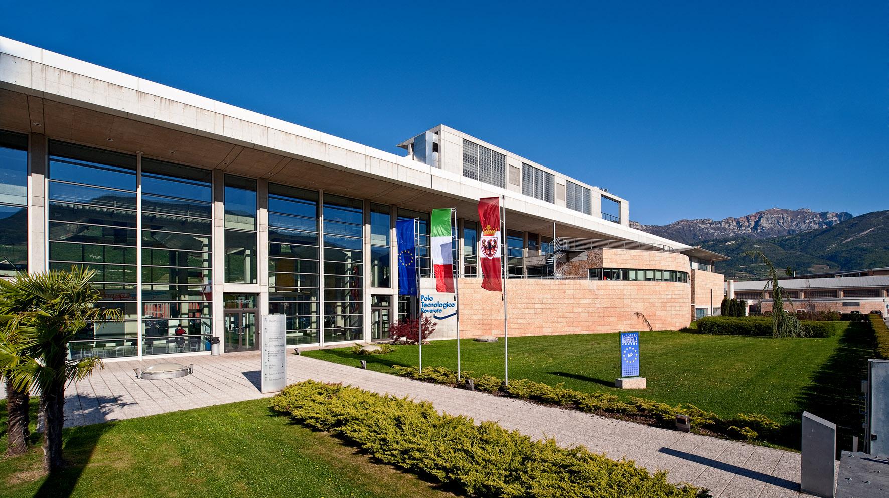 Veicoli connessi: a Rovereto il primo centro italiano ITS per la mobilità intelligente