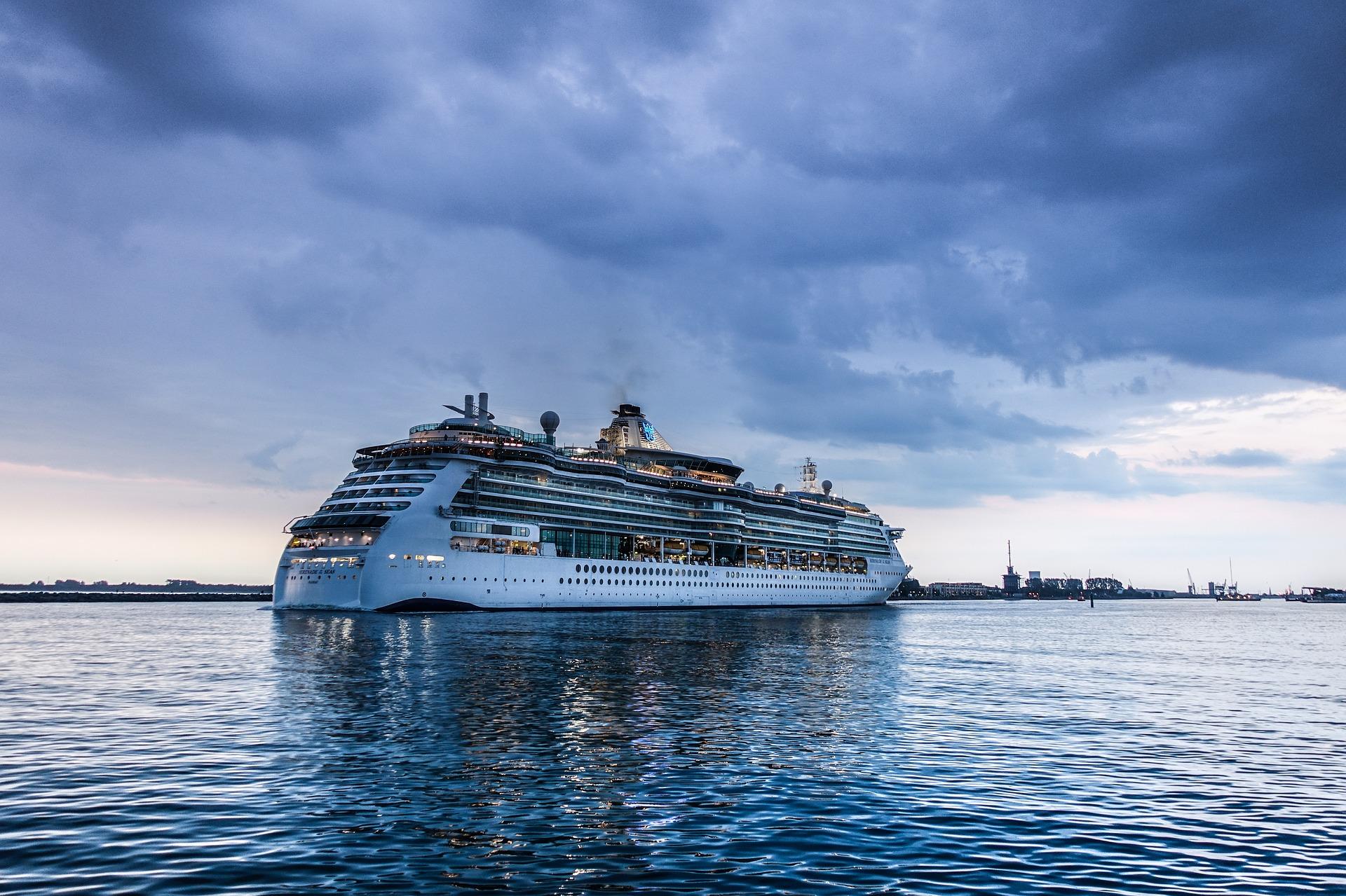 Fincantieri, al via la costruzione di navi superecologiche per Tui Cruises