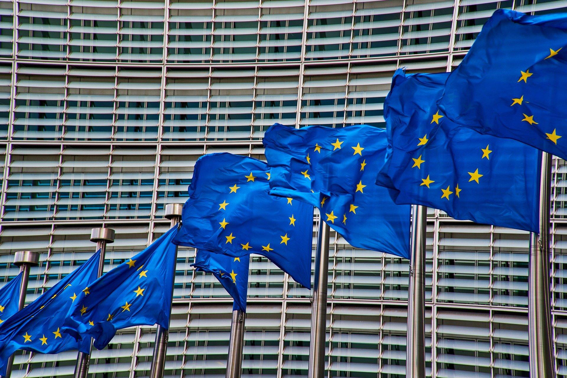 Sostenibilità, fondi Ue per bus puliti e infrastrutture di ricarica elettrica in Francia, Germania, Italia e Spagna