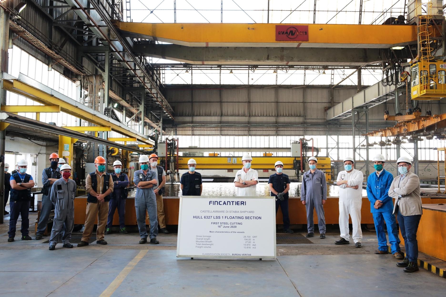 Fincantieri: tagliata prima lamiera della sezione di prua per Chantiers de l'Atlantique