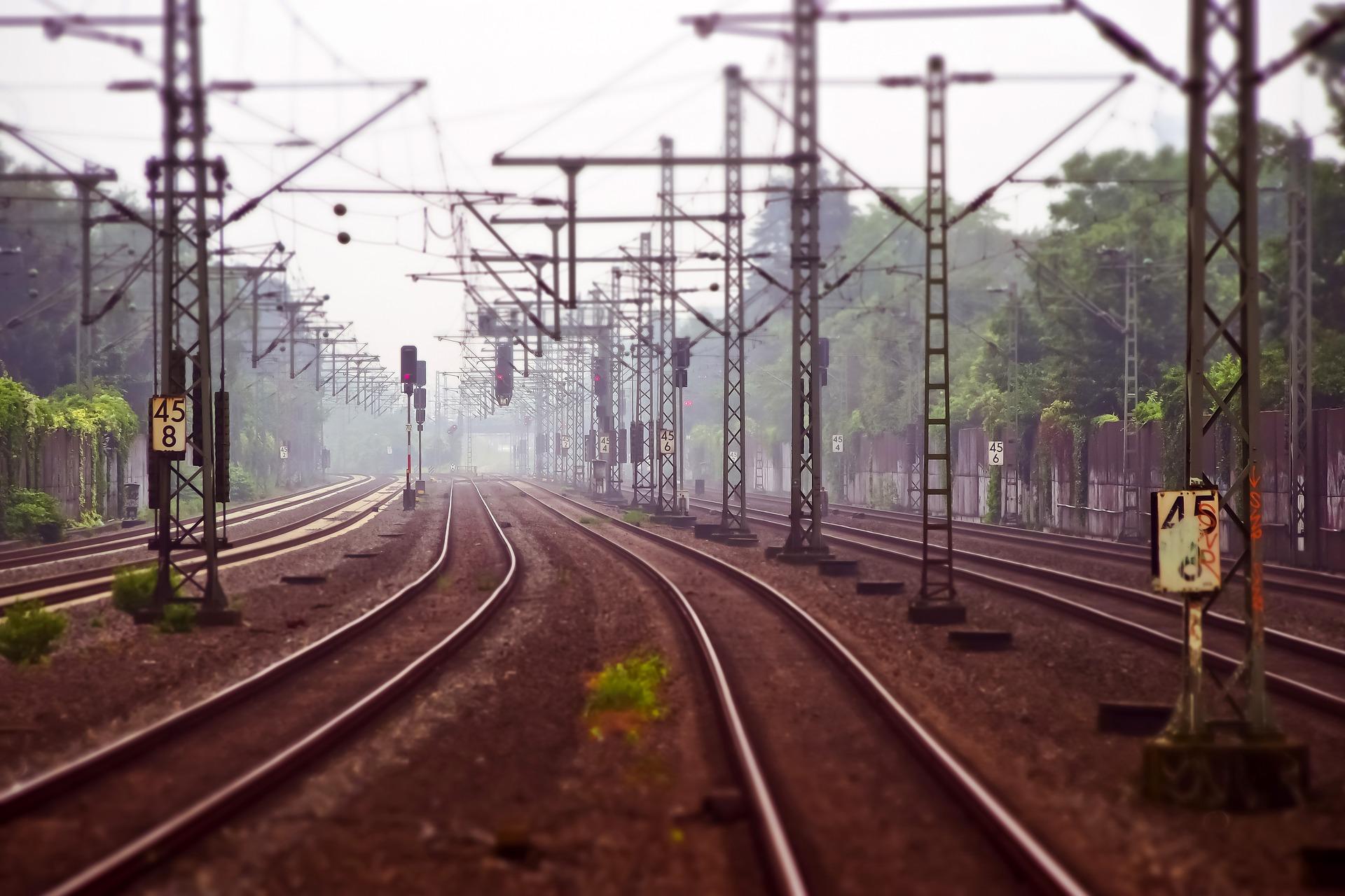 Trasporto ferroviario: a Mosca un nuovo laboratorio di ricerca per testare il sistema di interlocking di ECM