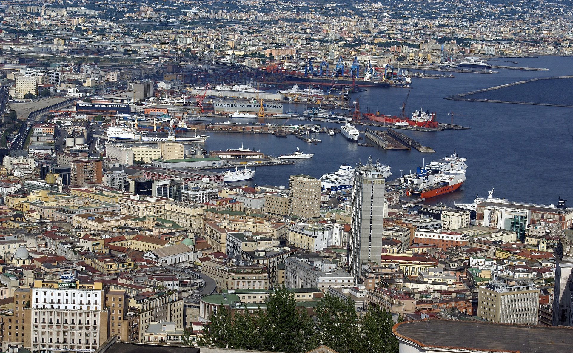 Mit, verifica di mercato del servizio trasporto passeggeri e merci con le isole